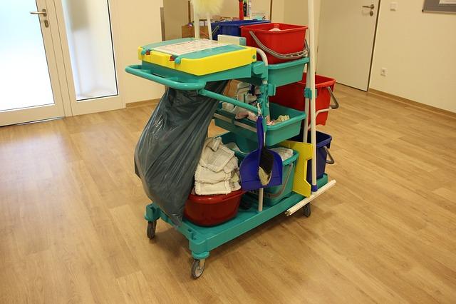 čistící vozík