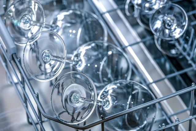 skleničky v myčce.jpg